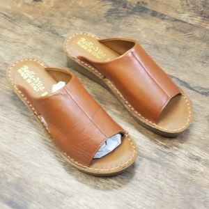 Bella Vita Mae-Italy Slide Sandals